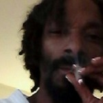 Snoop Dogg's French Tips Rival Any Housewife's